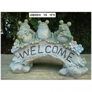Resin frog Welcome Sign